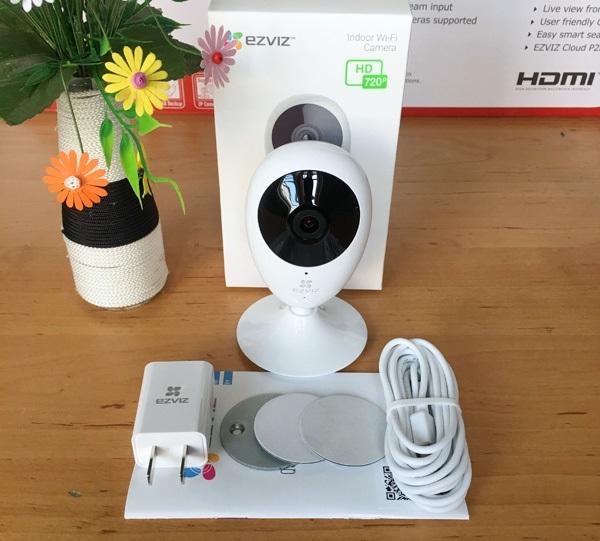 Camera Wifi EZVIZ C2C 720P (CS-CV206-C0-1A1WFR) - Được Phân Phối Tại Việt Thiên Phát