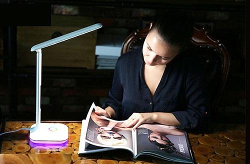 Đèn led đọc sách Remax RL-E270